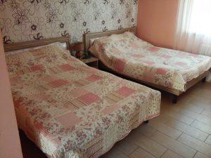 Спальня с мягким изголовьем